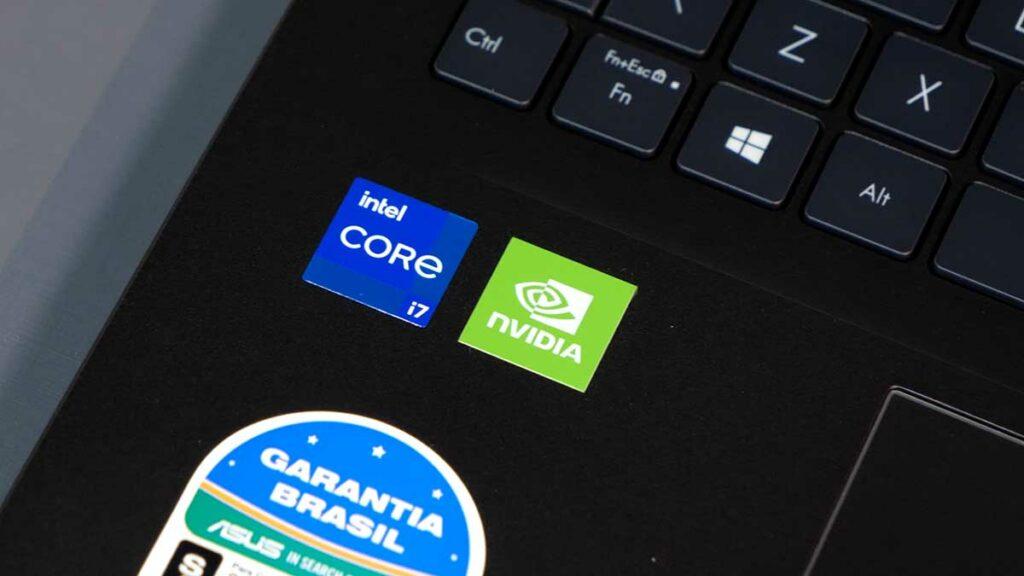 Hands-on VivoBook 15 K513: processador e placa de vídeo do notebook
