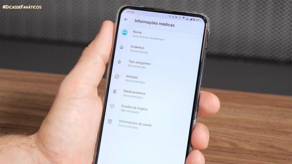 adicionando informações de emergência no celular